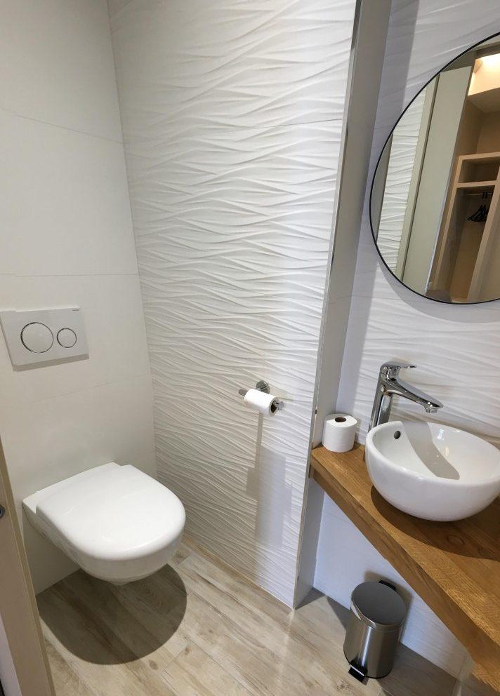 Toilettes séparées salon Appart Hotel Montaigne Sarlat