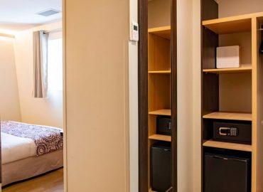 Standard bedroom - hotel montaigne sarlat
