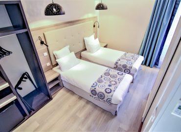Twin bedroom - standard bedroom - hotel montaigne sarlat