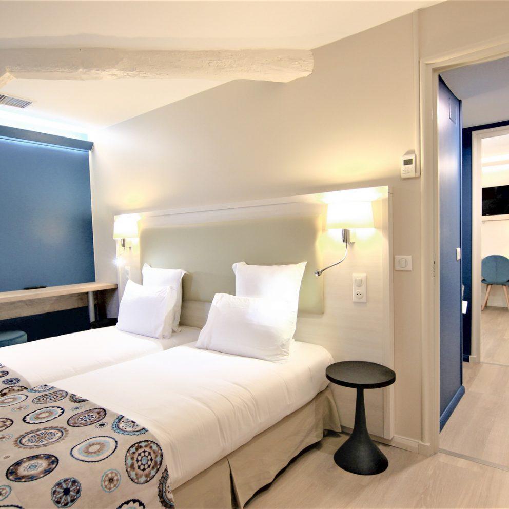 Chambre lits jumeaux, chambre familiale ensuite, hotel montaigne sarlat