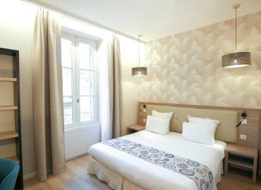 Chambre standard - Hotel montaigne sarlat - Design