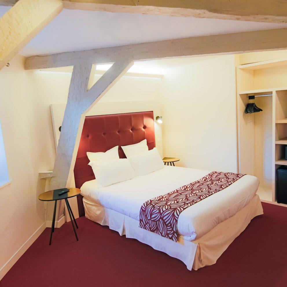 Chambre confort - anthantique et moderne - hotel montaigne sarlat