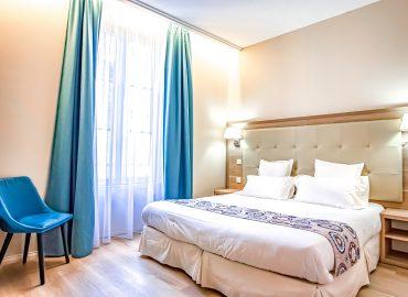 Chambre standard - Hotel Montaigne - Sarlat - Dordogne
