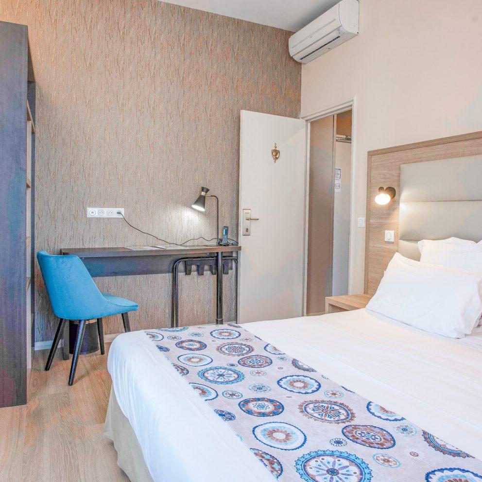 Chambre familiale - Hotel montaigne - Sarlat - Dordoña - Perigord