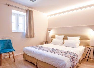Chambre standard avec lit double à sarlat la canéda